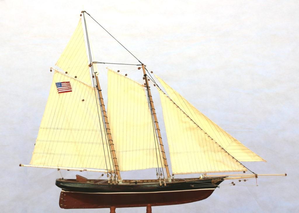 Vista general del America Yacht 1:66