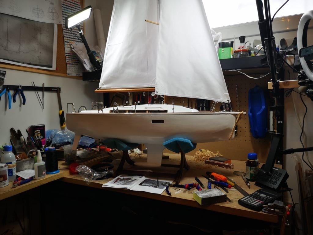 Velero Freedom de New Model Ships. Velas y mastiles
