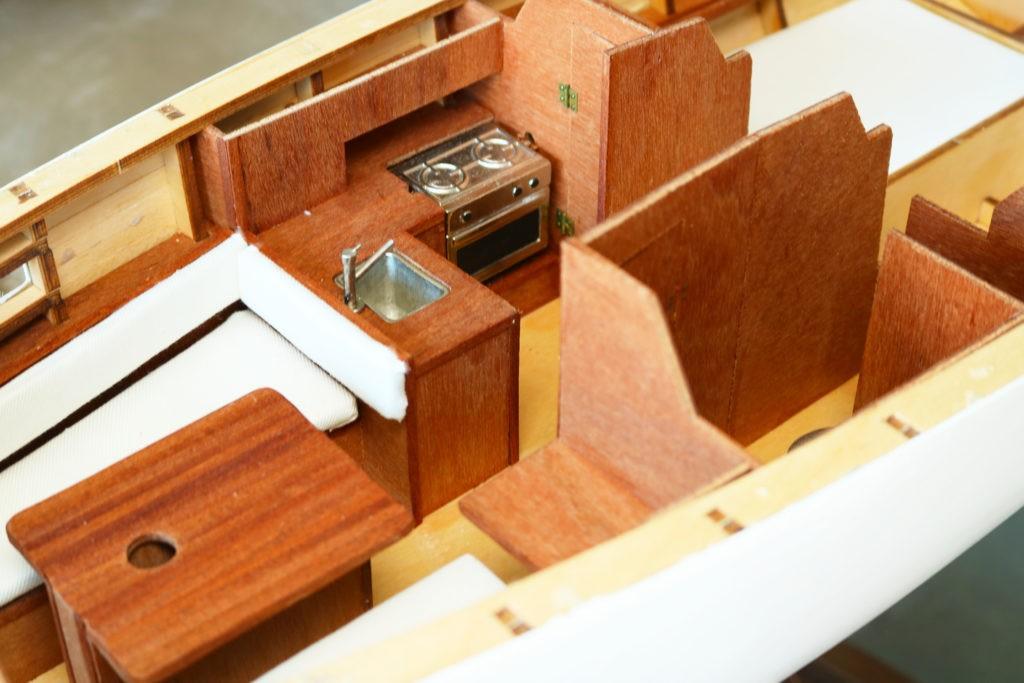 Velero Freedom de New Model Ships. Interior mejorado.
